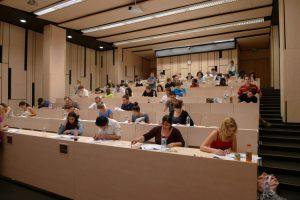 دانشگاه سملوایز مجارستان