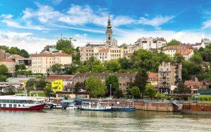تحصیل و زندگی در صربستان