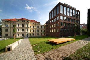 دانشگاه ماساریک چک