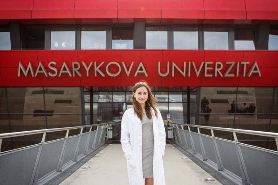 رشته پزشکی دانشگاه ماساریک