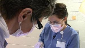 تحصیل دندانپزشکی در دانشگاه سیه نا