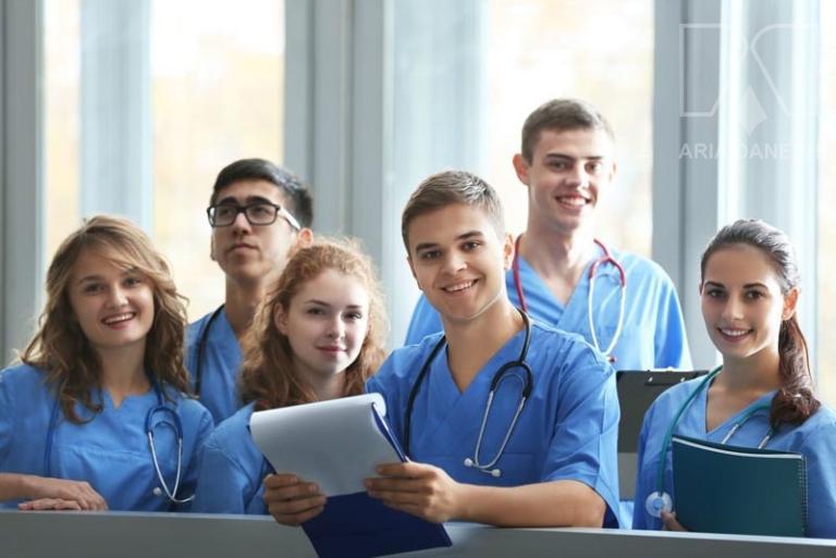تحصیل در کالج پزشکی و پیش پزشکی در اروپا 2021